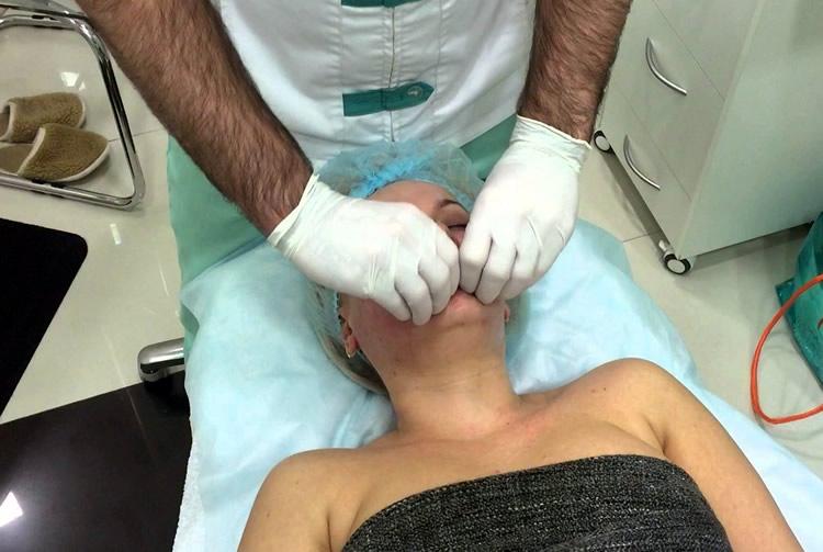 Массаж через рот