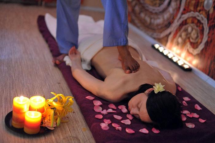 Тайский массаж спины