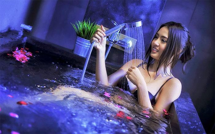 Использование воды и гидромассажа для лечения, решения проблем со здоровьем