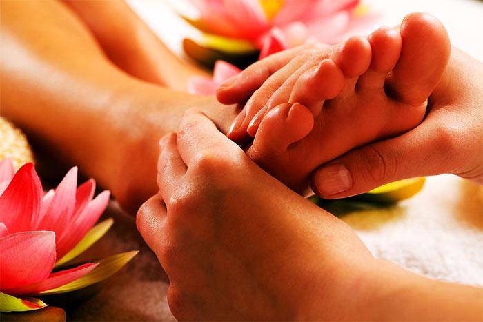 Расслабляющий массаж стоп