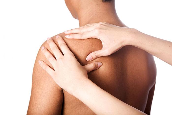 Проработка спины – массажные движения