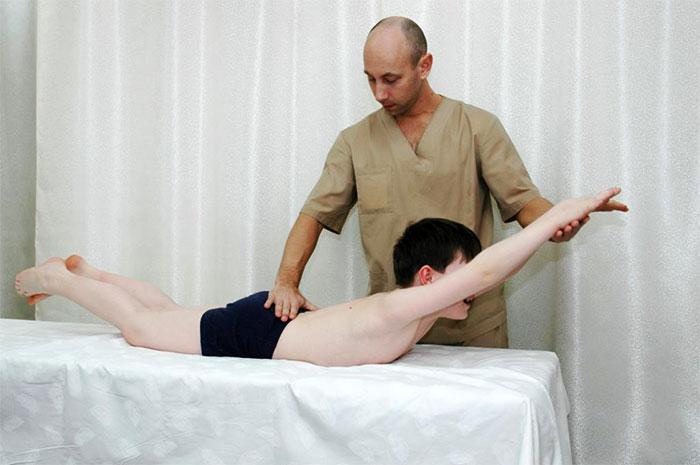 Мануальная терапия для ребенка