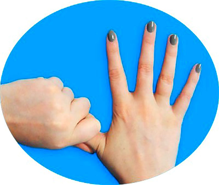 Массаж большого пальца руки
