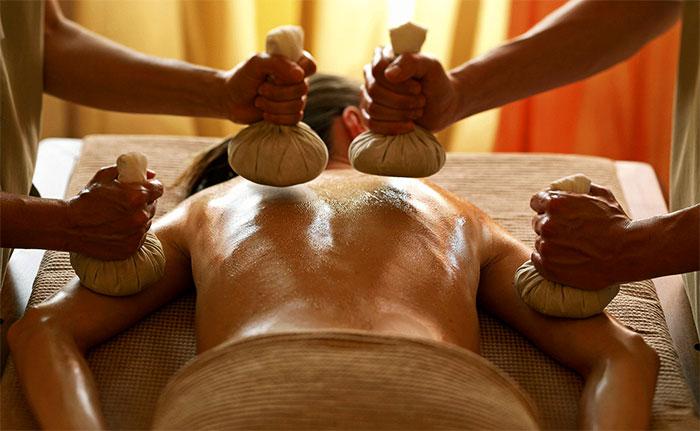 Фитомасаж в четыре руки