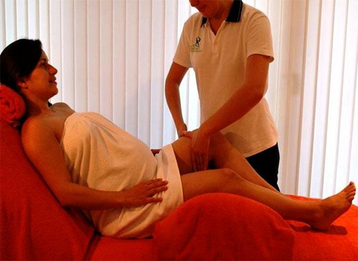 Массаж ног беременной женщине