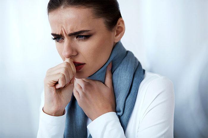 Кашель и боль в горле