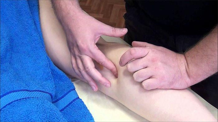 Точечный массаж икроножных мышц